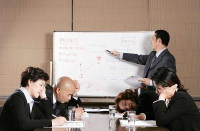 קורסים מקוונים באירגונים גדולים להכשרת עובדים